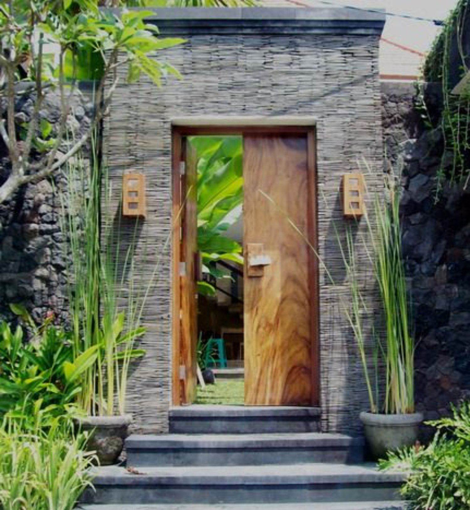 Angkul Angkul Bali Minimalis Untuk Konsep Rumah Masa Kini