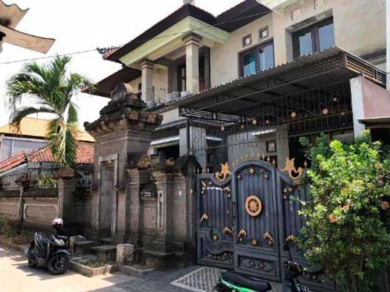 8 Inspirasi Rumah Minimalis Bali 2 Lantai Yang Unik & Cantik