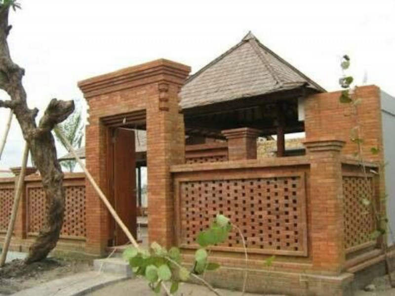 Desain Pagar Batu Bata Bali