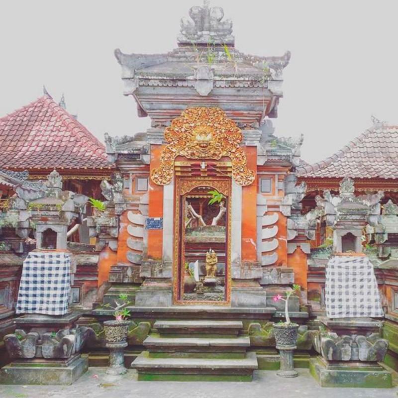 Model Angkul Angkul Style Bali