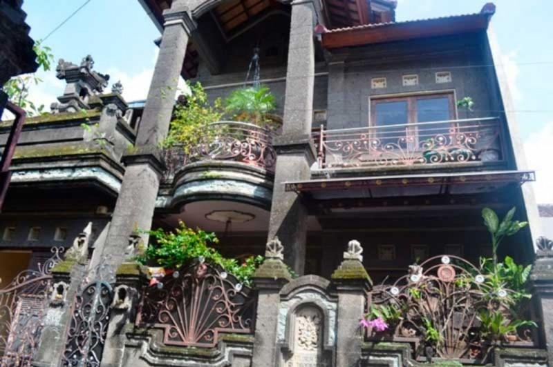 Rumah Bali Moden Minimalis
