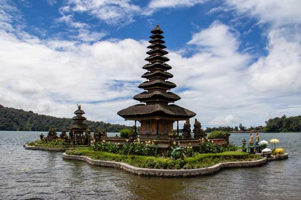 Ulun Danu Temple Like a Small Island When High Tide