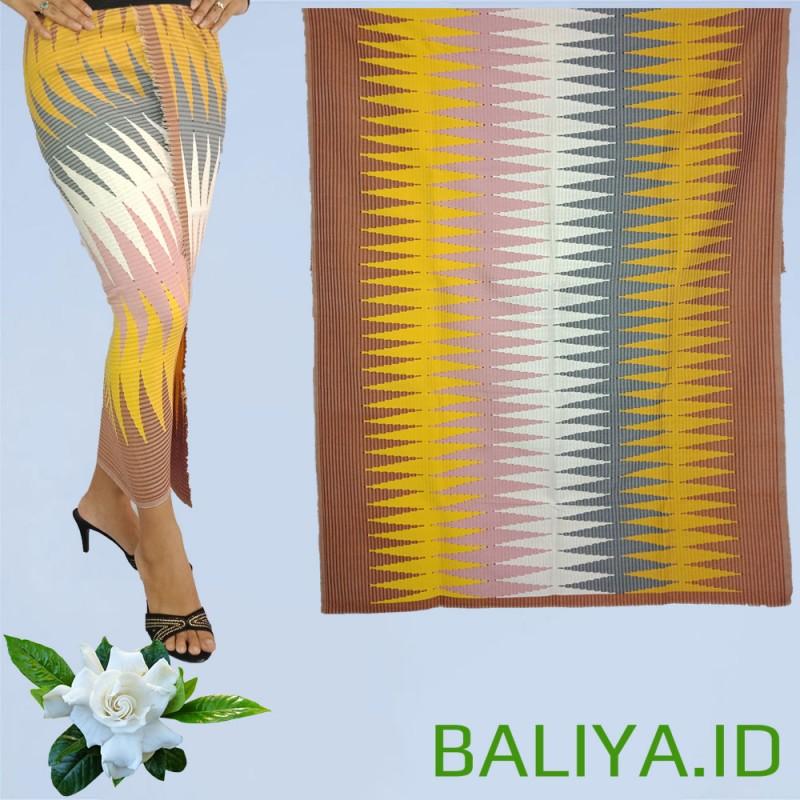 Tenun Rangramg warna Kuning Kombinasi