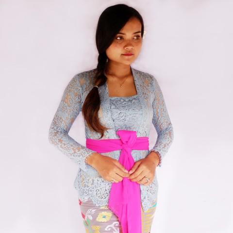 Kebaya Jadi Khas Bali Model Bet Biru Muda