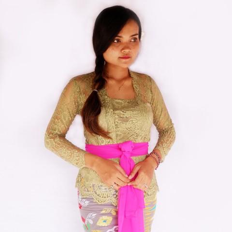 Kebaya Jadi Khas Bali Model Bet Warna Olive
