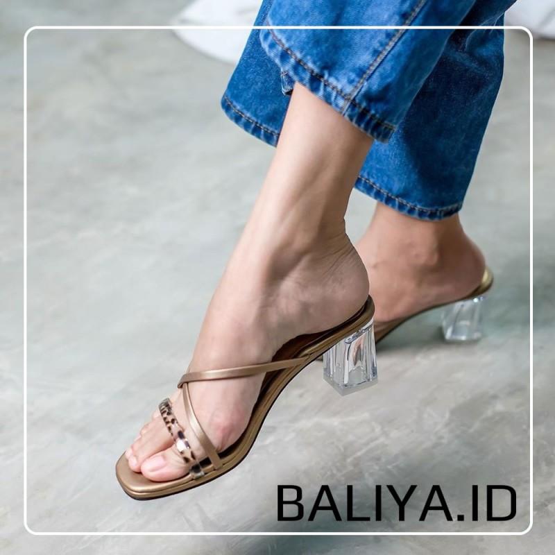 Sandal Wanita Simple High Heels