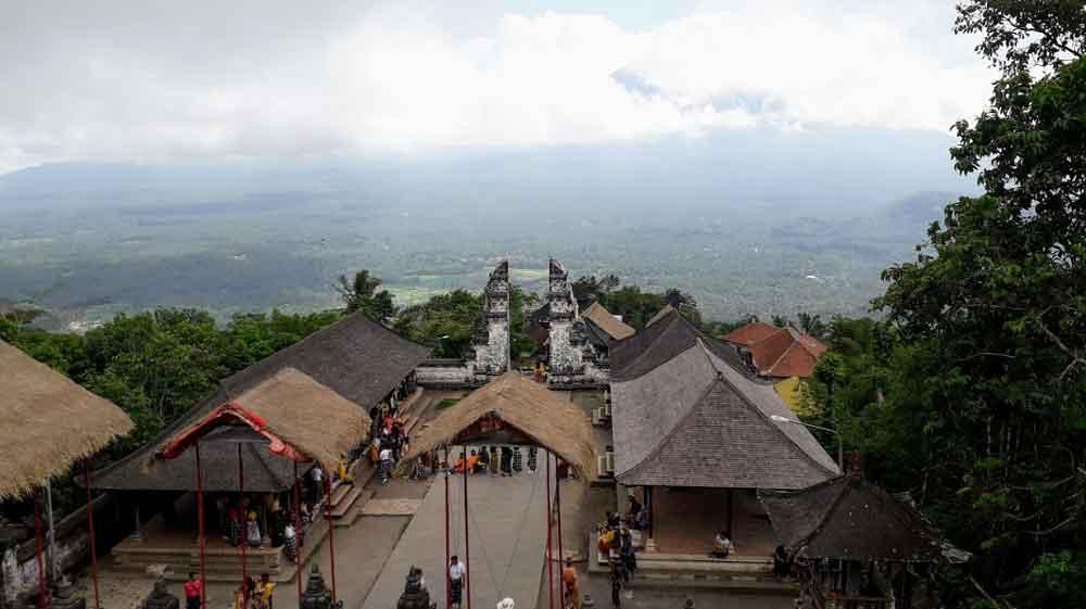 Lempuyang Temple Rules: 5 Prohibition When Visiting