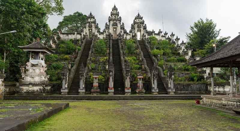 Attractiveness of Lempuyang Temple