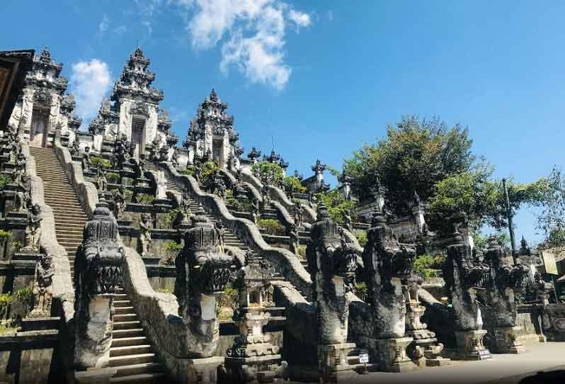 Tourist Facilities in Lempuyang Temple