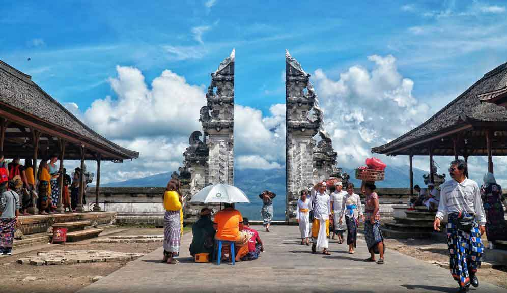 Opening Hours and Entrance Fee at Lempuyang Luhur Temple