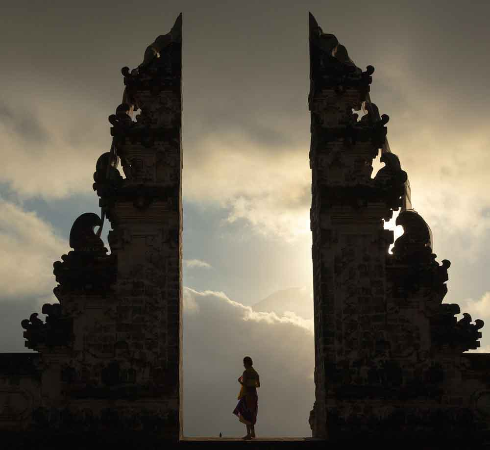 Witness a wonderful Sunset at the Sky of Lempuyang Temple