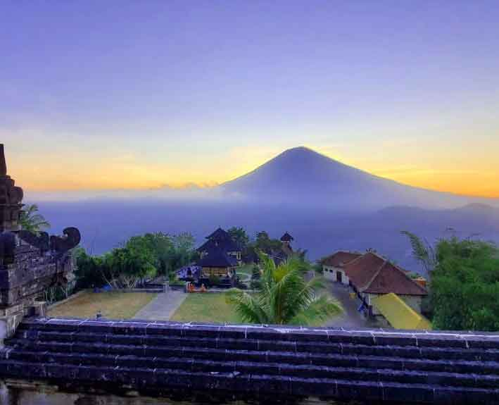 When is the Best Time to Go to Lempuyang Temple?