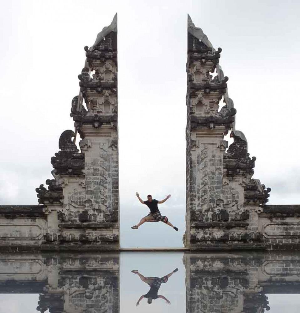 Water Reflection Photo at Lempuyang Temple