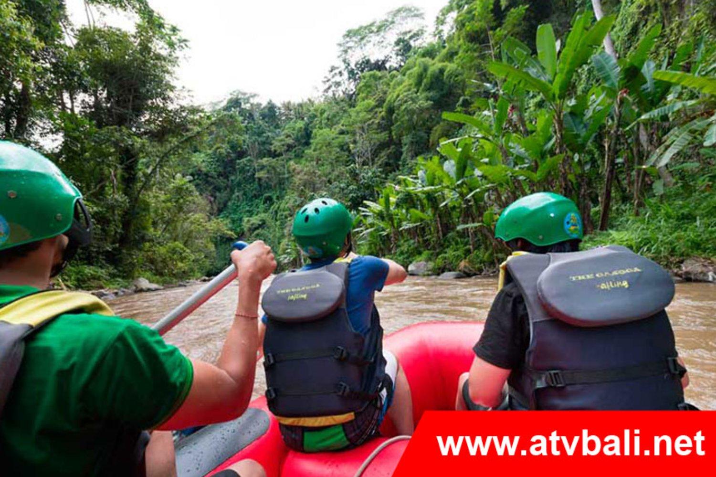 Rafting ada di Bali