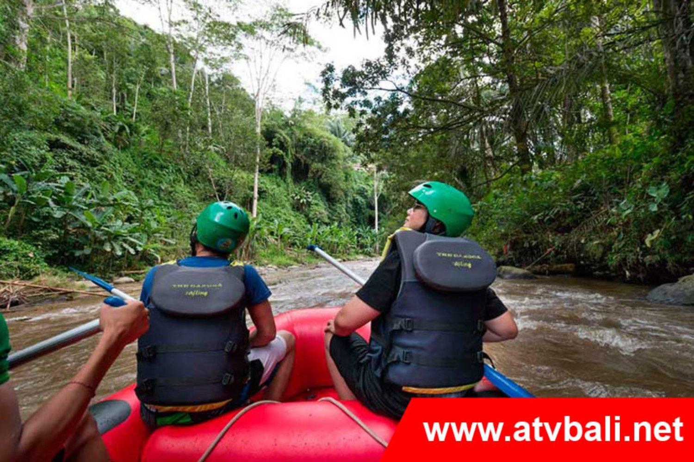 Rafting ke Bali