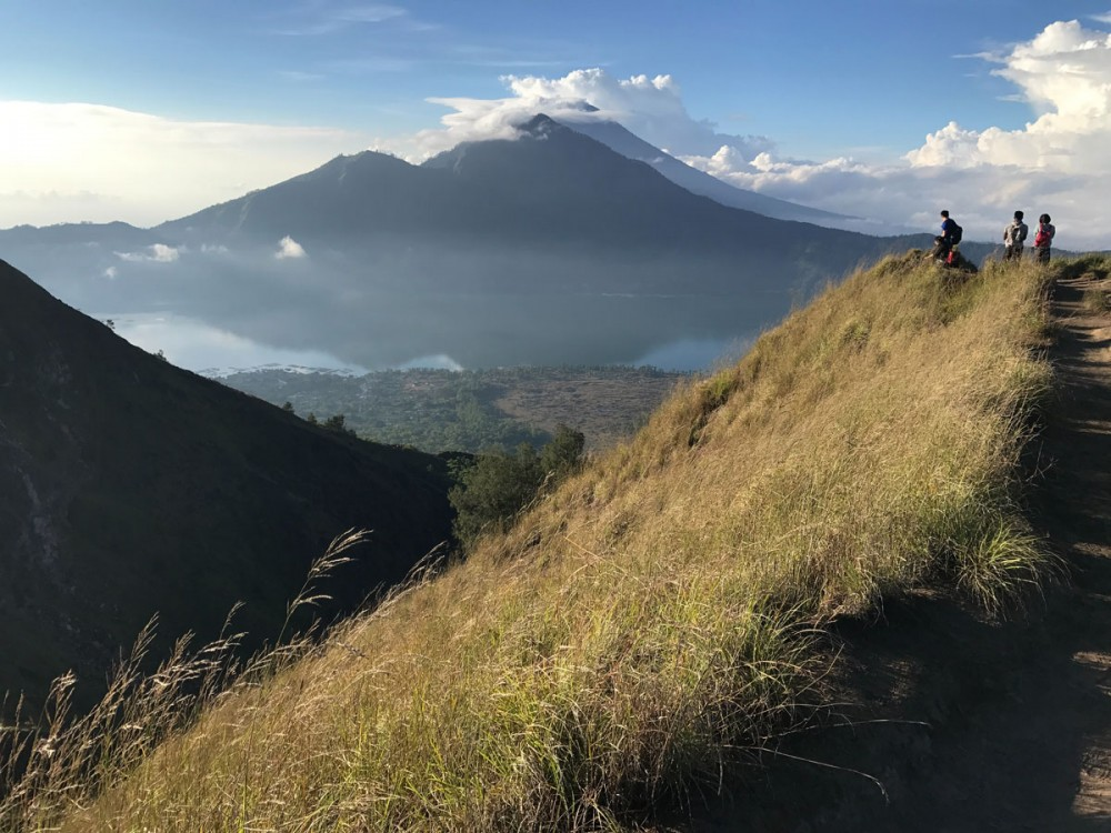 4 Things You Must Know About Mount Batur in Rainy Season