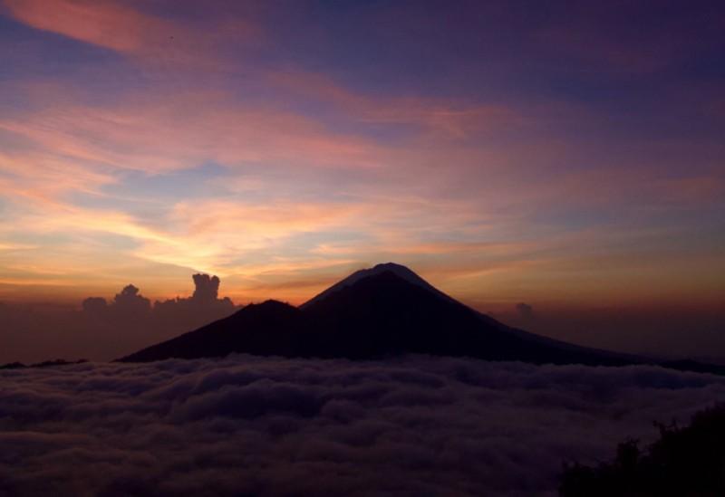 Harga Paket Mendaki Gunung Batur