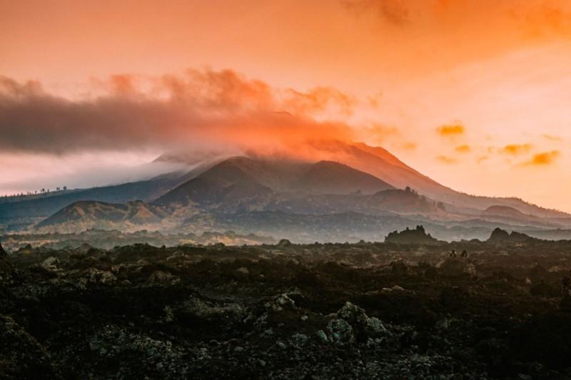 Mendaki Gunung Batur