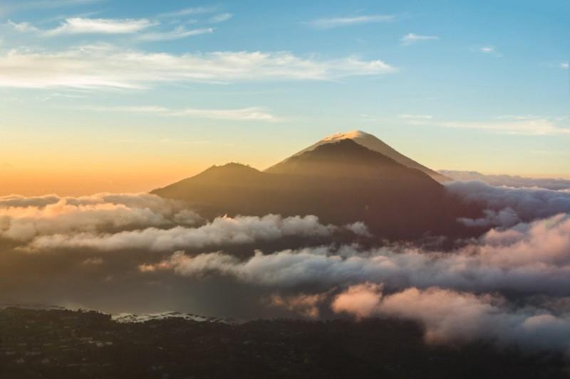 Sunrise Trekking Di Gunung Batur