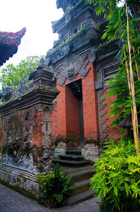Pagar Rumah Batu Bata Desain Tradisional