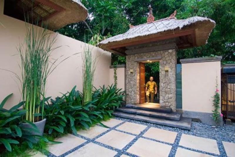 Angkul Angkul Minimalis Batu Alam