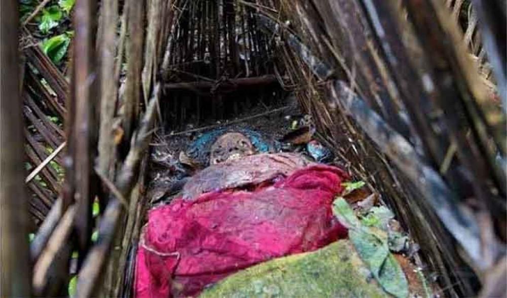 Corpses in Trunyan Cemetry - instagram/purba_baliholiday