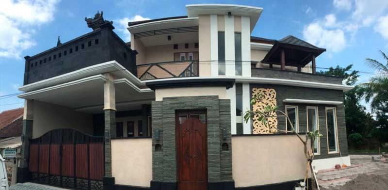 Rumah Tingkat Gaya Bali