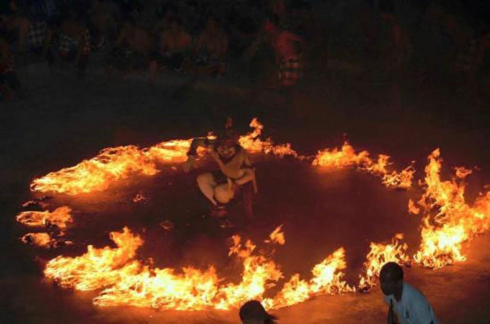 The Figure of Hanuman in Kecak Dance