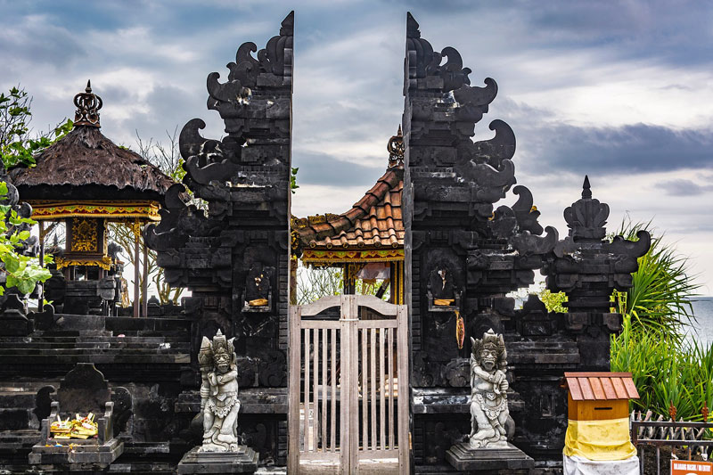 The Gate of Main Temple in Tanah Lot