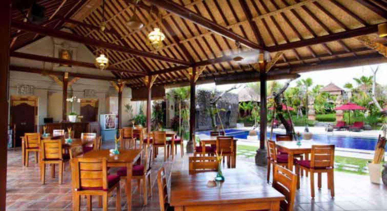 Bebek Tepi Sawah, Restoran Cozy Dengan Menu Crispy Duck Yang Lezat di Ubud