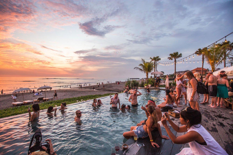 5 Panduan Memberikan Uang Tip Kepada Housekeeping Di Bali