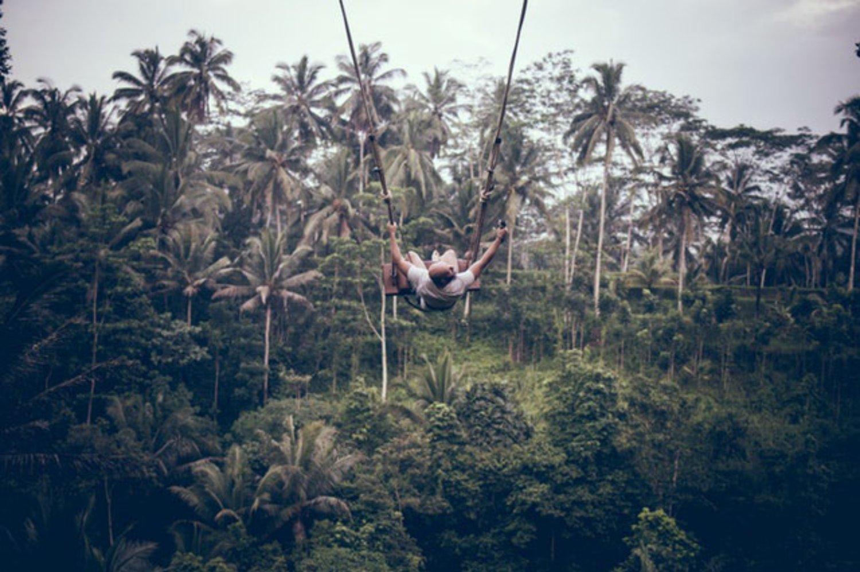 Apakah Wisata Ayunan di Bali Aman? Mari Simak Di Sini!