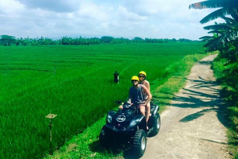 ATV Pantai Bali Dengan Rute Persawahan