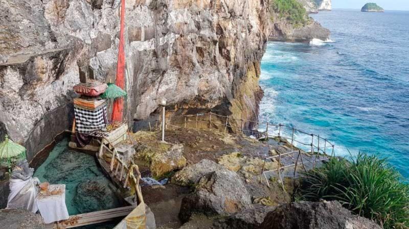 Air Terjun Peguyangan Nusa Penida