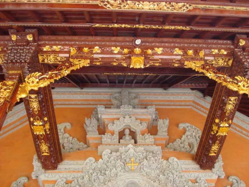 Bagian Atap Rumah Bali