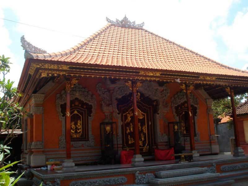 Bale Daja Rumah Bali