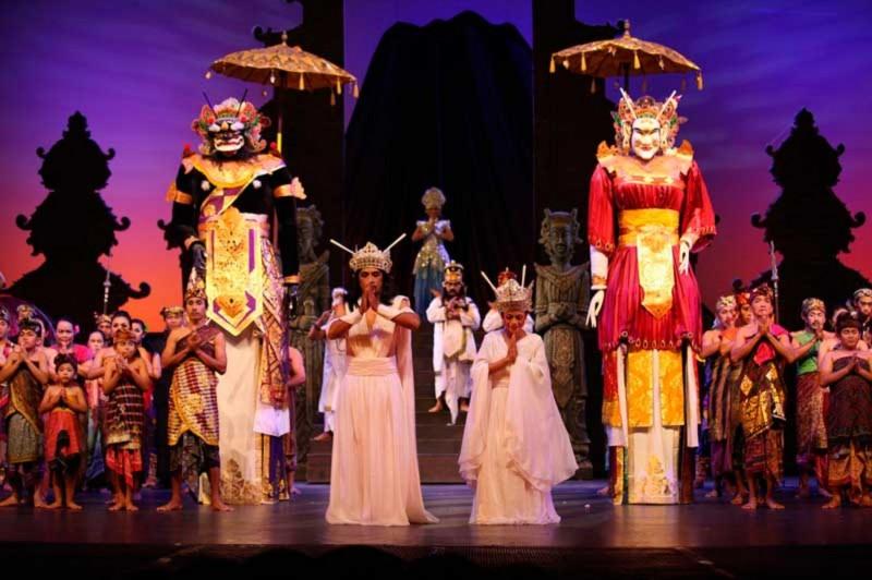 Bali Agung Show di Taman Safari Bali