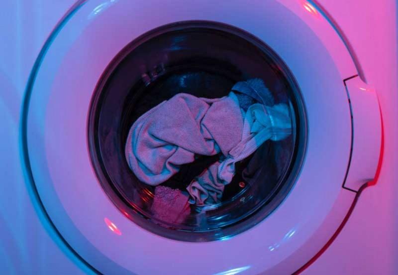 Cara Mencuci Baju Tie Dye Agar Tidak Luntur