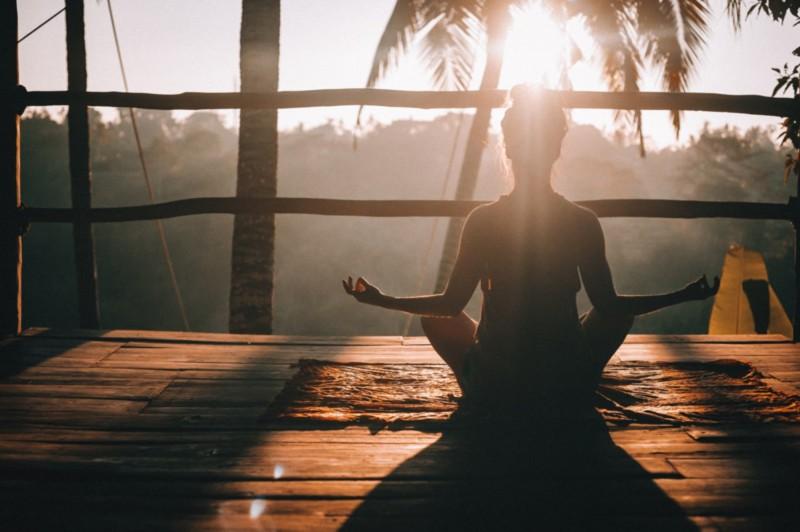 Dupa Sebagai Sarana Yoga Dan Meditasi