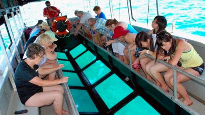 Glass Bottom Boat Tanjung Benoa