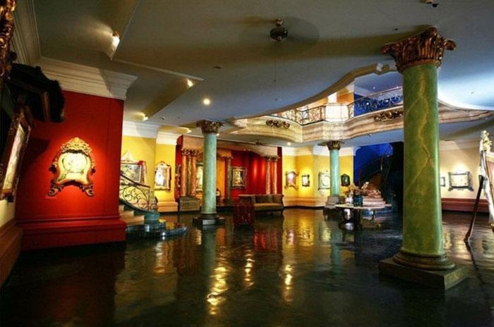 Interior Museum Blanco Renaissance