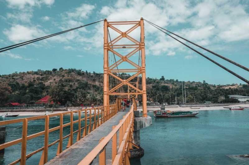 Jembatan Kuning Nusa Penida