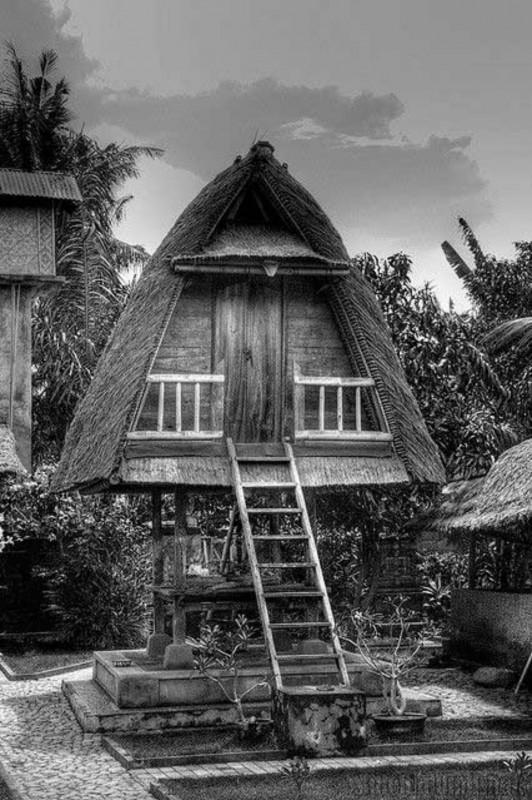Jineng Rumah Bali