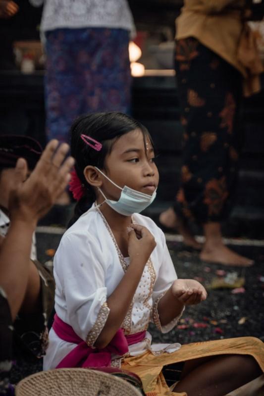 Makna Otonan Bali