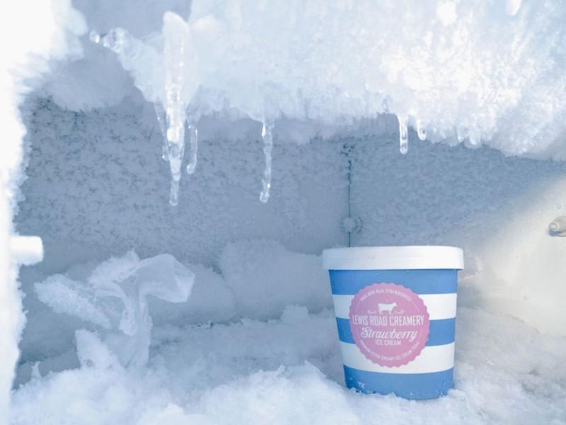 Madu Akan Tetap Membeku Di Dalam Freezer