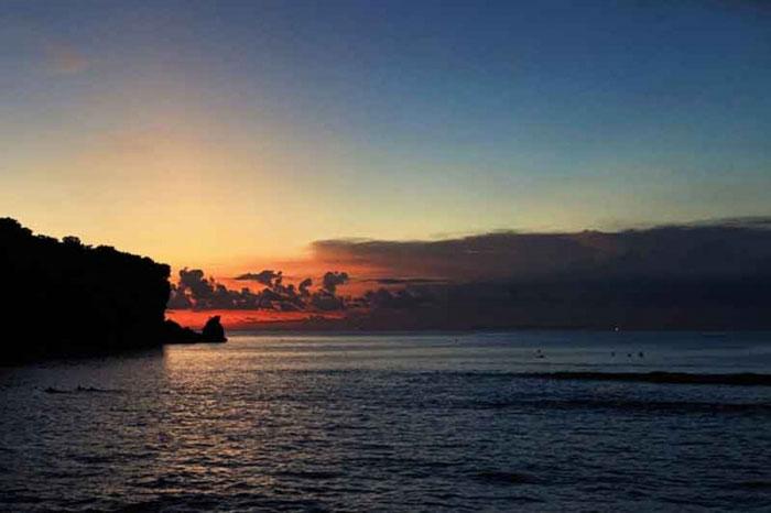 Pantai Uluwatu Bali