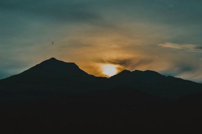 Pemandangan Sunrise Dii Gunung Batur