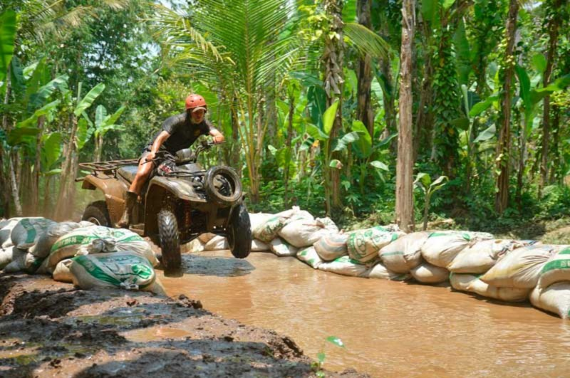 Peralatan Petualangan ATV Bali