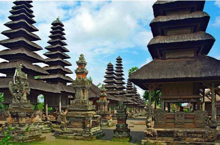 Pura Peninggalan Kerajaan Mengwi Bali