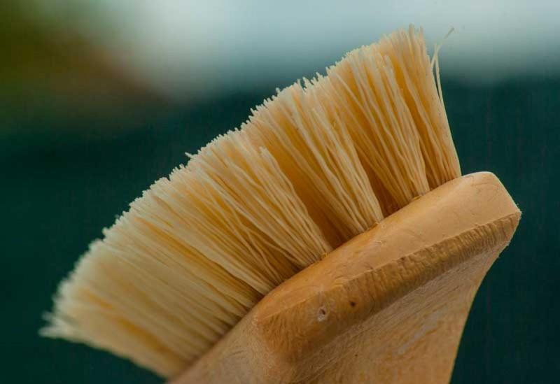 Sikat Untuk Mencuci Tie Dye